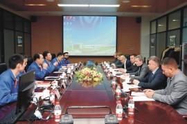白俄罗斯马兹公司总经理伊万科维奇访问法士特