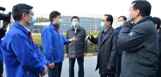 西安市长、市疫情防控指挥部指挥长李明远深入法士特检查企业复工复产情况