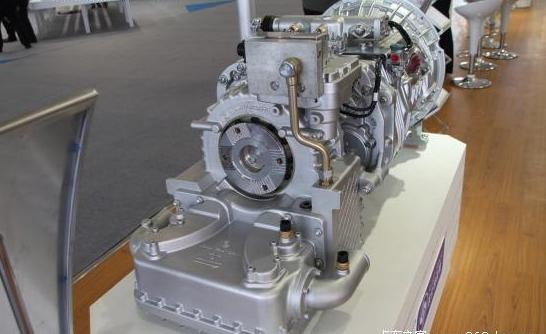 液力缓速器变速箱